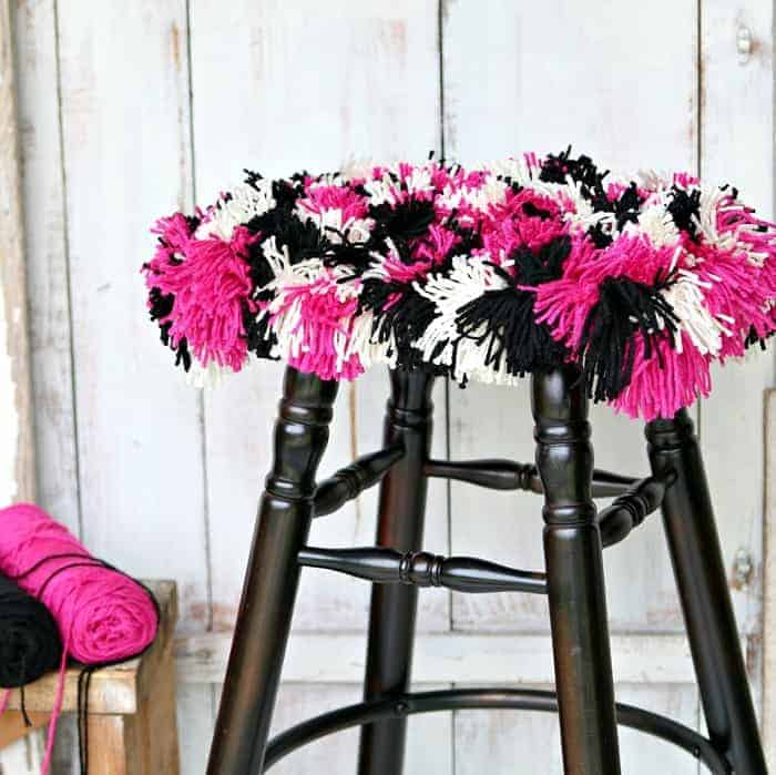 Make A Yarn Seat Cover | Color Combination Fuchsia And Black