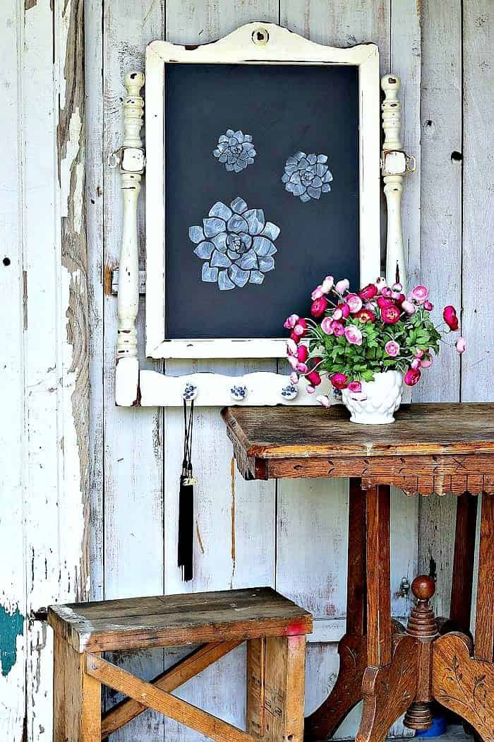 How To Make A Large Chalkboard Using An Old Furniture Mirror Frame