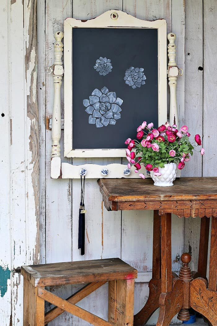 how to make a chalkboard from reclaimed wood frame