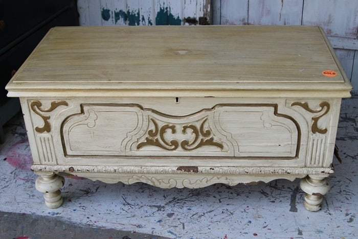 cedar chest before paint makeover