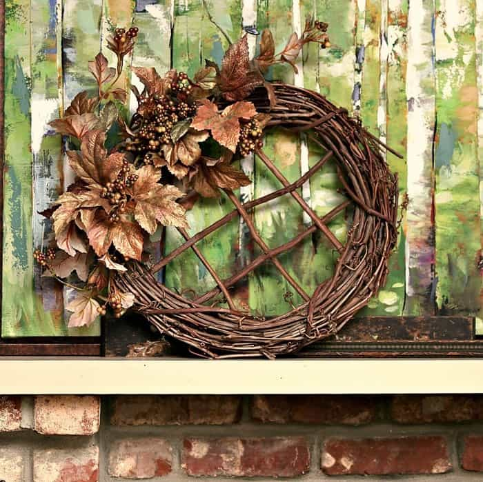 Grapevine Metallic Leaf Wreath easy craft project