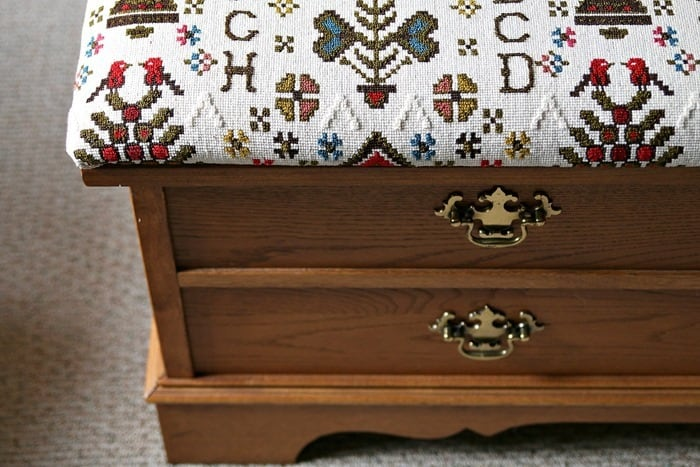 I Recovered The Upholstered Seat On My Lane Cedar Chest