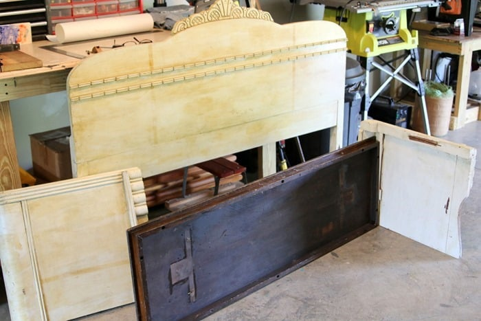 how to make a vintage headboard and footboard into a wood bench