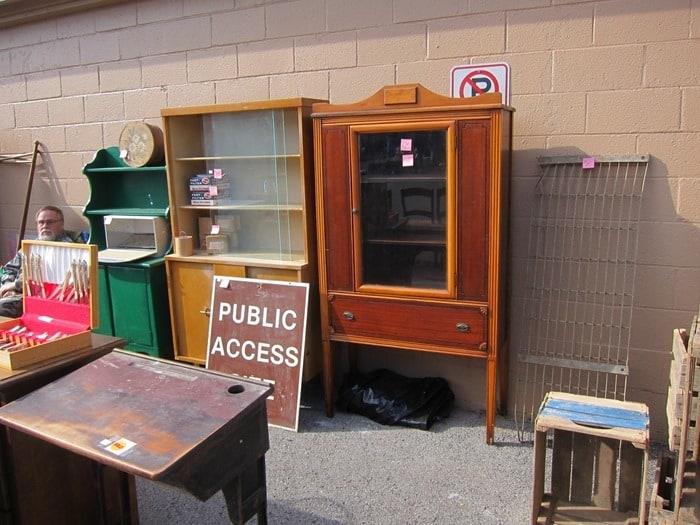 vintage furniture At The Nashville Flea Market