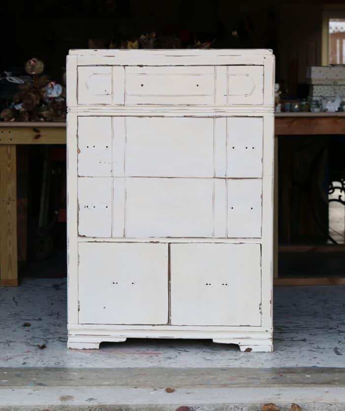 white furniture no hardware