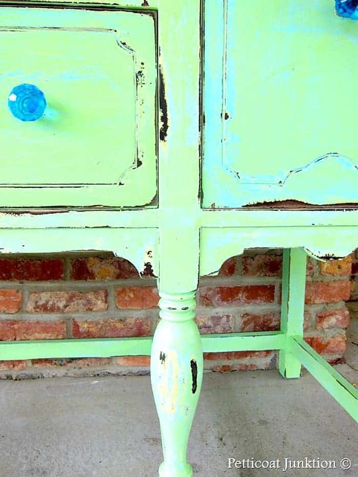 beautiful layered paint in turquoise and green