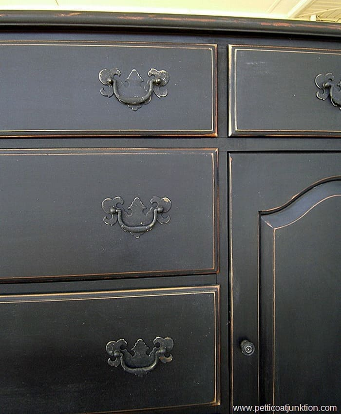 pretty spray painted hardware color black