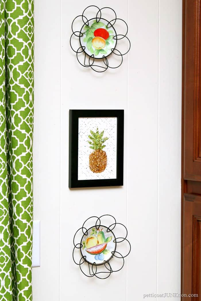 diy glitter pineapple wall art