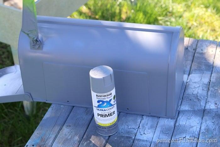 Rustoleum primer for the plastic mailbox