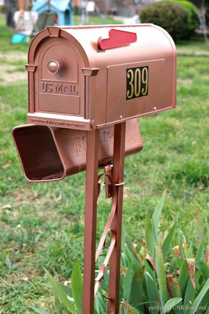 copper mailbox is really painted plastic