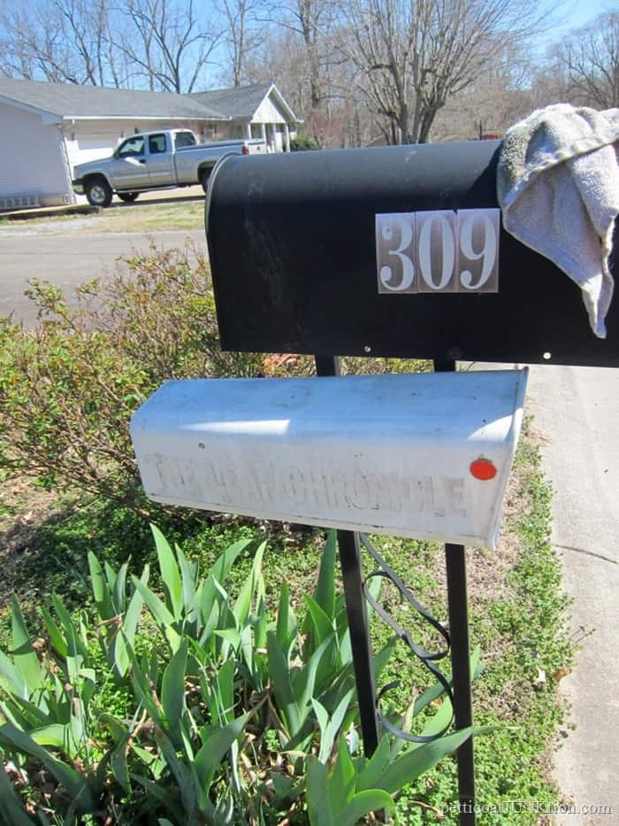 mailbox pole ready to paint