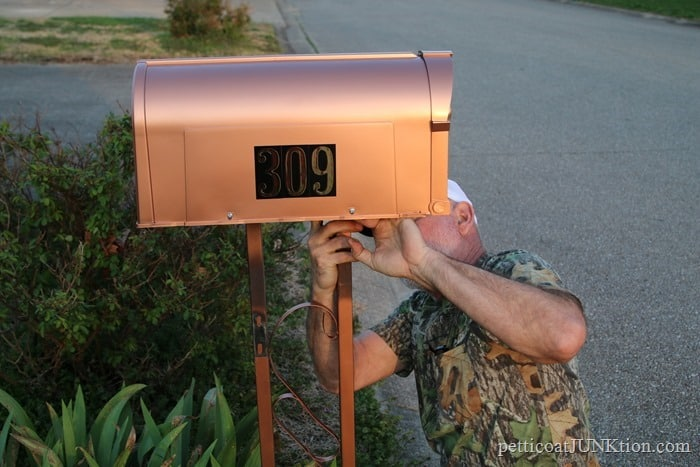 putting the mailbox up