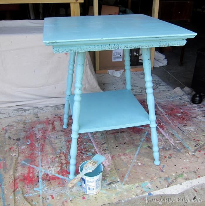 turquoise beachy color paint