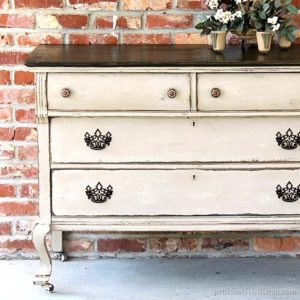 15 Vintage Dresser Makeovers Where Paint Was The Answer