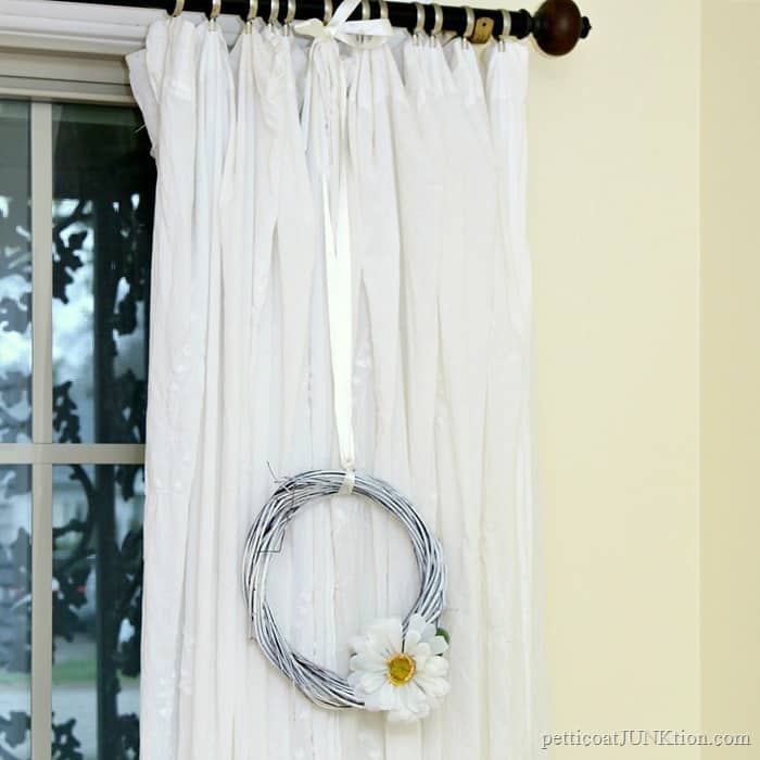 Make A White Wreath Dollar Store Crafts