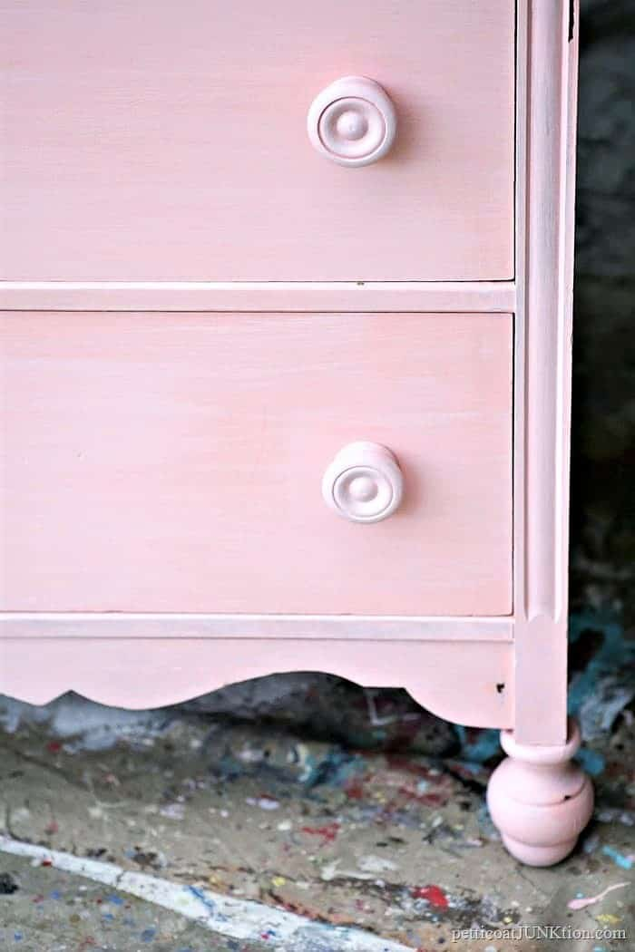 Paint Bedroom Furniture With Chalk Finish Paint