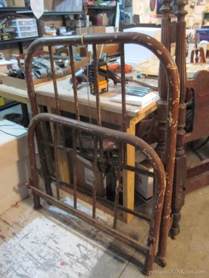 antique iron bed auction buy