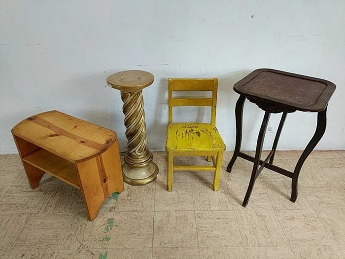 lot of small furniture items from the auction