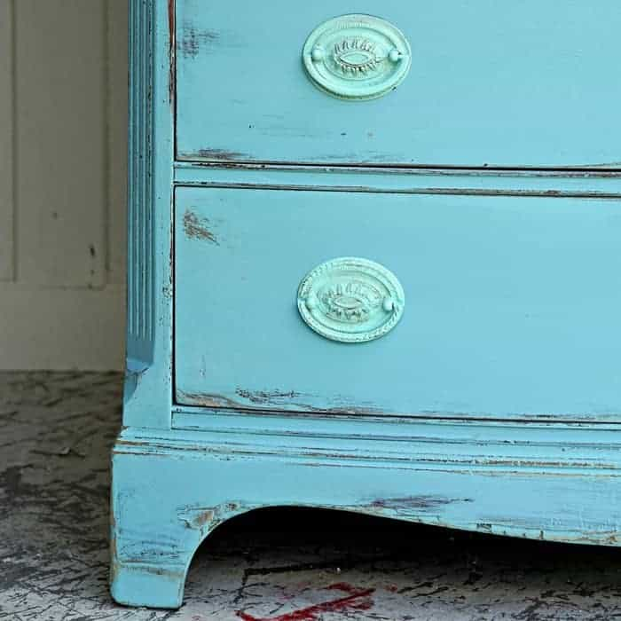 Save Damaged Furniture With This Paint Technique