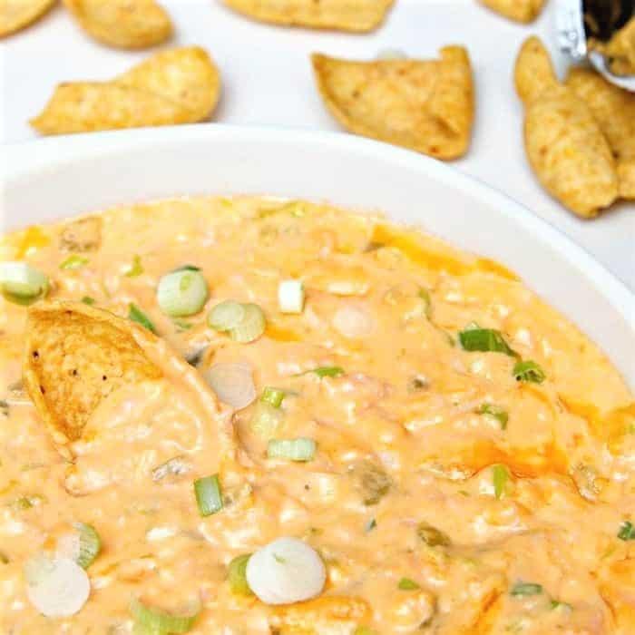 Cheesy-Green-Chile-Ham-Dip_thumb (2)