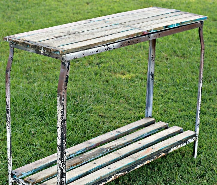 DIY Outdoor Plant Table Using Reclaimed Wood
