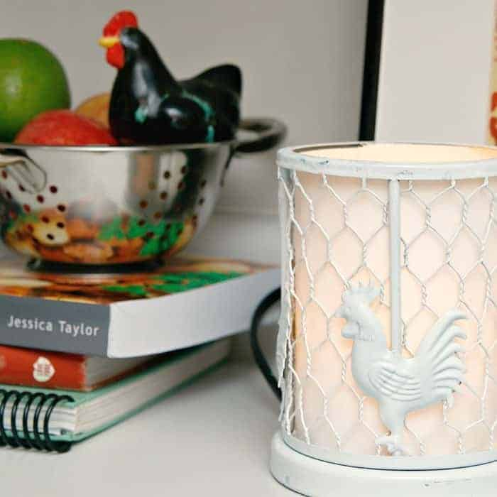 Flaky Rooster Lamp Gets A Spray Paint Makeover
