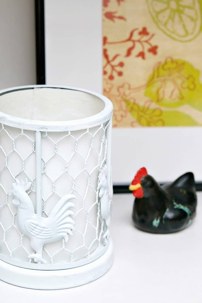 Ugly Rooster Lamp Gets A Spray Paint Makeover