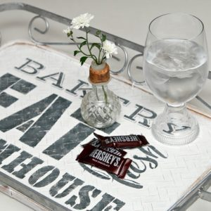 Farmhouse style DIY serving tray