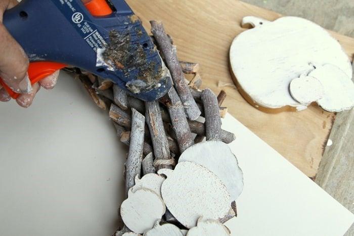 hot glue gun for wreaths