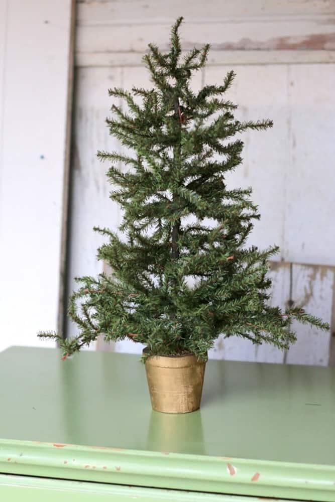 flea market shabby tree