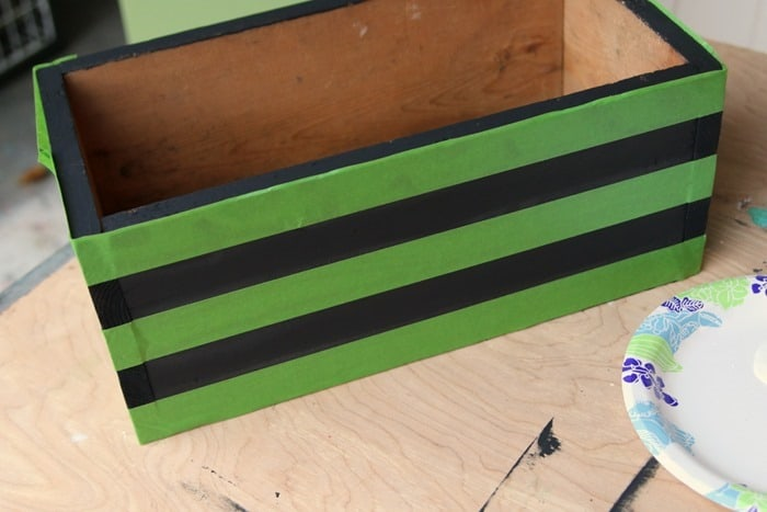 Frogtape to tape off stripes for pianting