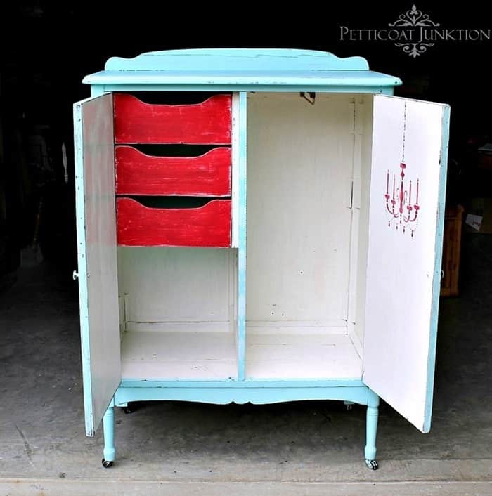Open The Wardrobe Door For A Stenciled Surprise