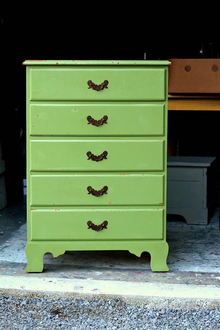Cleaning And Repairing Used Furniture