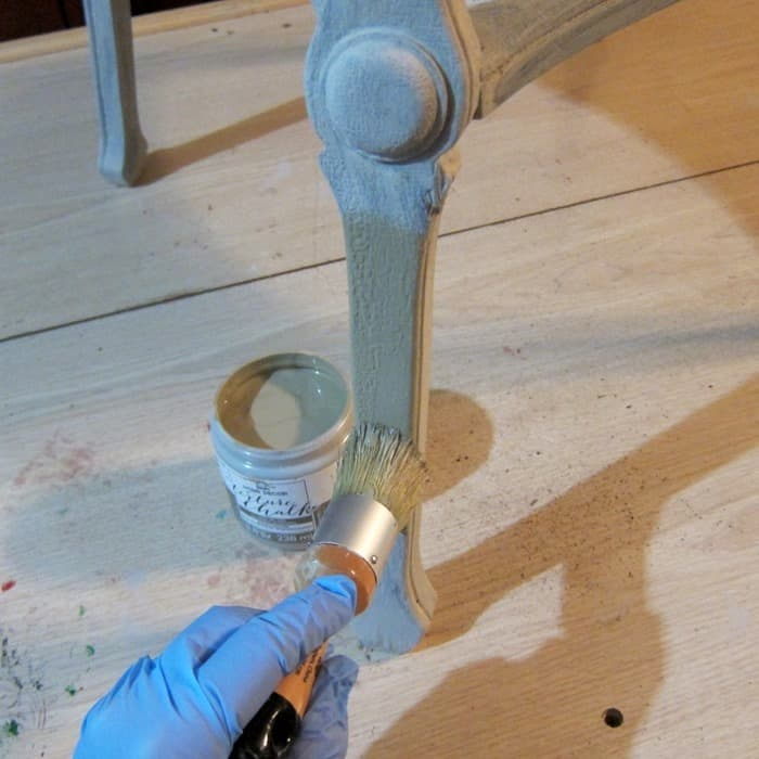 how to paint antique furniture