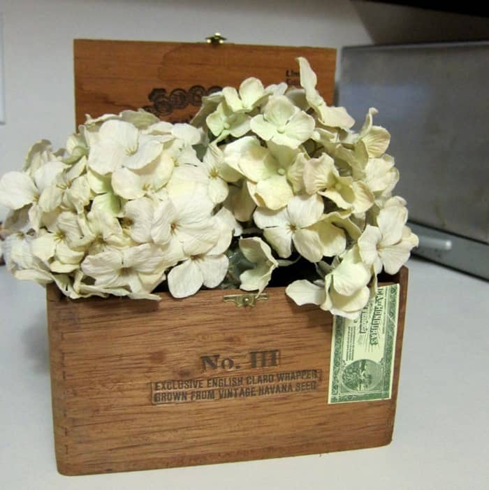 wood cigar box flower display