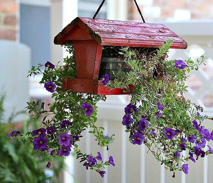 30 Unique Garden Design Ideas: 15 Unique Outdoor Plant Container Ideas