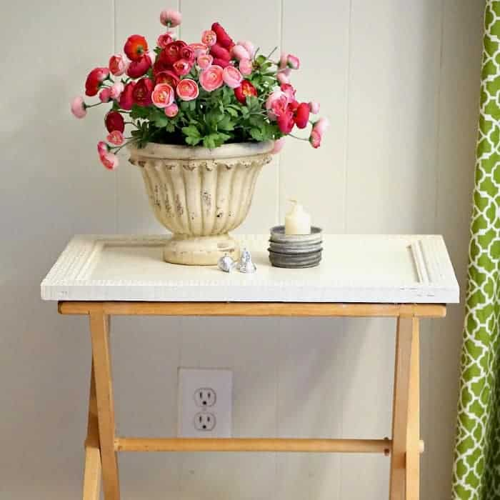 Turn A Folding Tray Table Stand Into A Unique Table