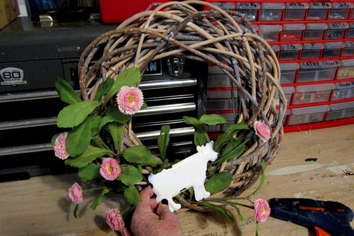 cow for the rooster wreath