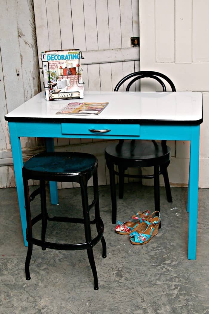 vintage porcelain enamel table makeover base painted turquoise