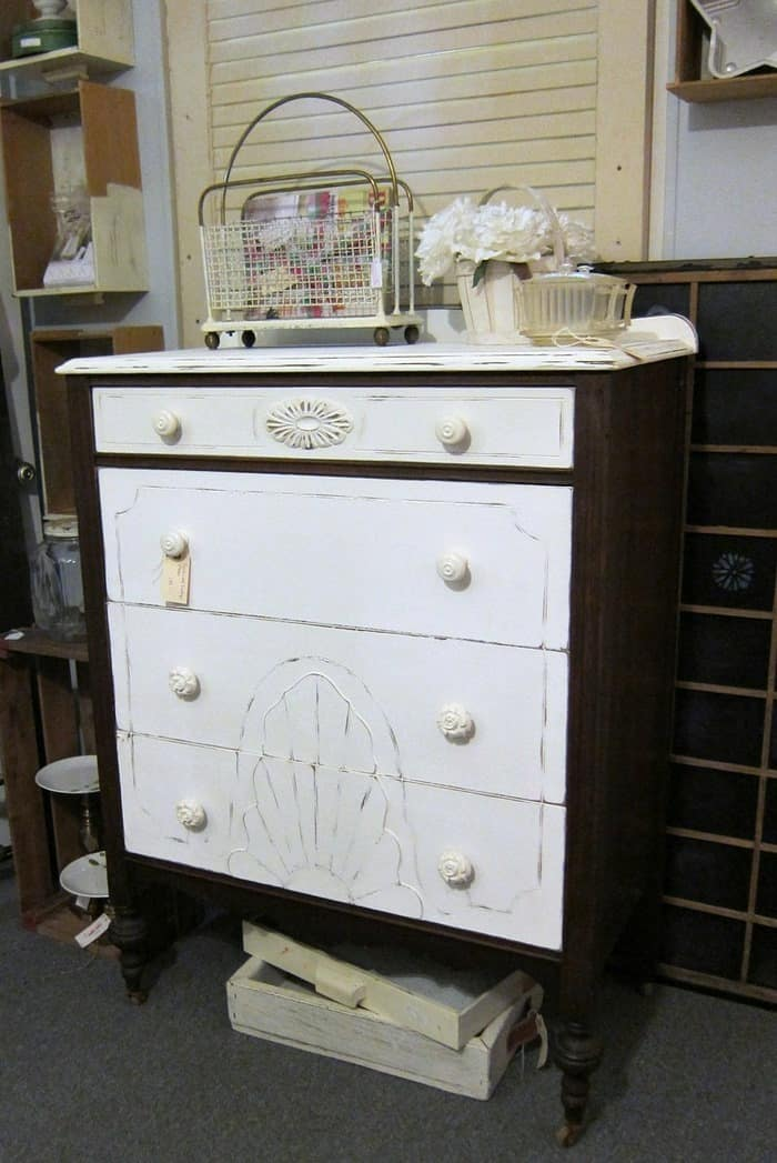 white vintage furniture