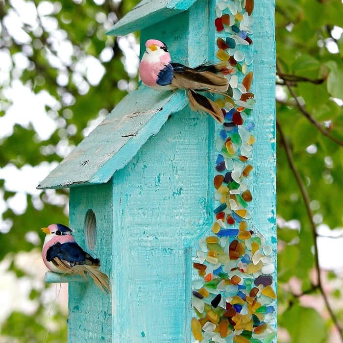 How to use Mod Podge Ultra spray to decorate a birdhouse with sea glass