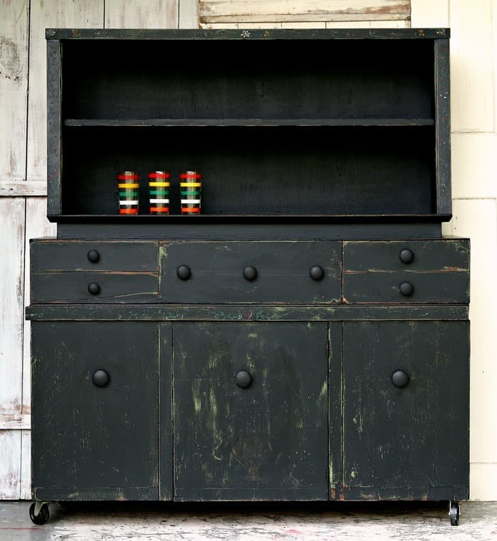 Farmhouse Style Hutch Gets Painted Black But Is It Blah