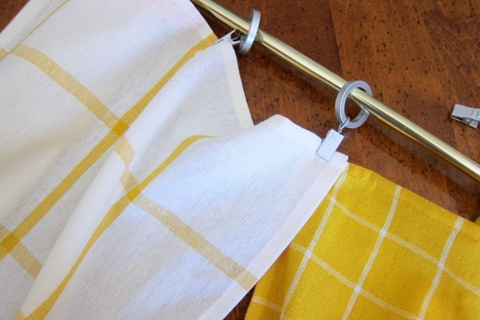 hanging dish towels as kitchen curtain teirs