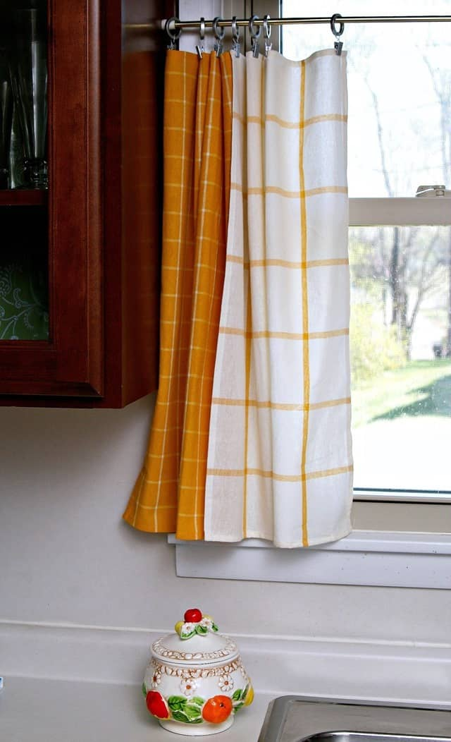 kitchen curtains made using IKEA yellow dish towels