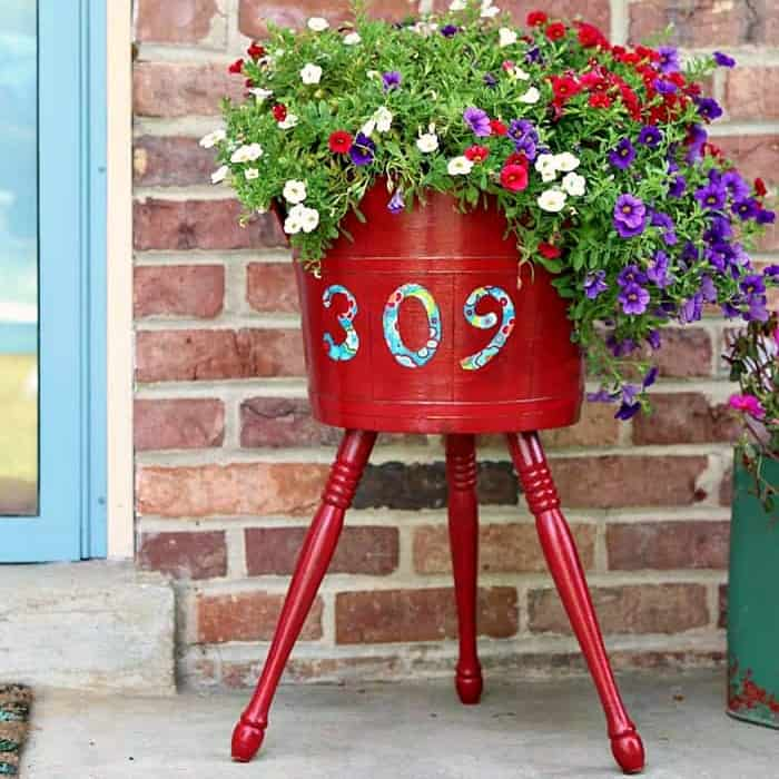 mod podge decoupage outdoor wood planter