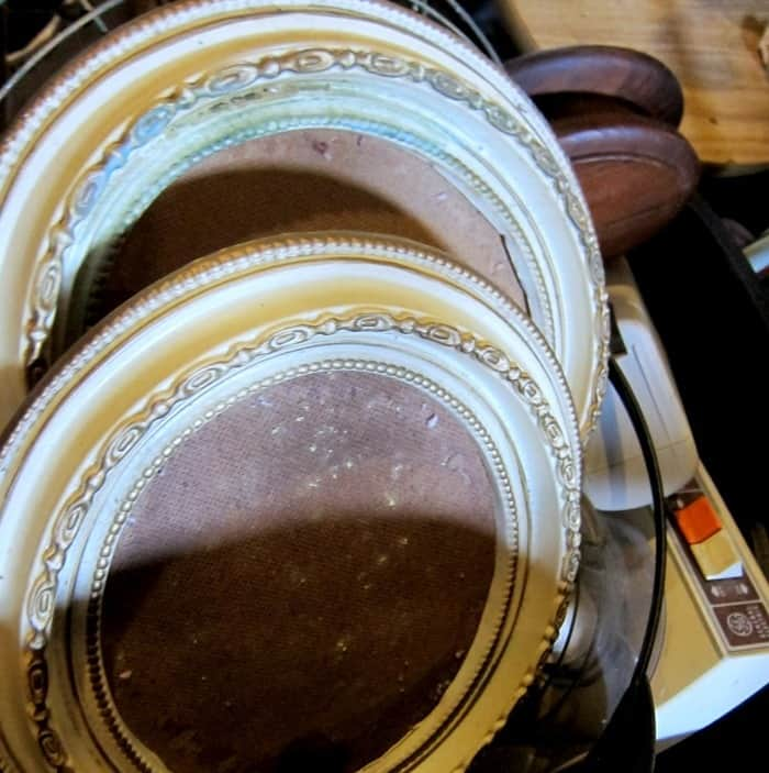 vintage decorative plastic oval picture frames