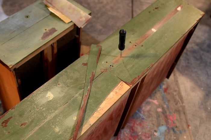 wood filler for screw holes in furniture drawers