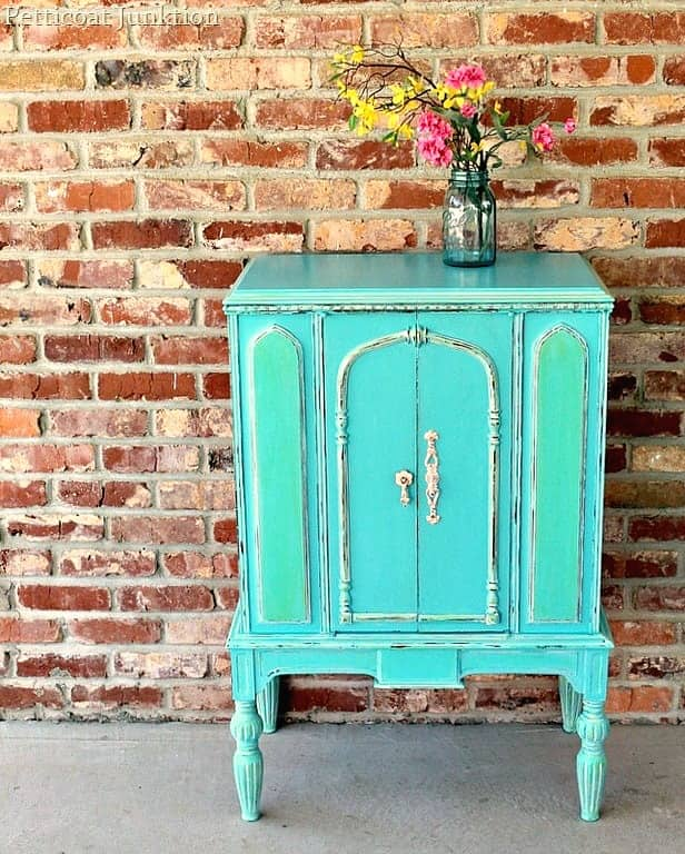 turquoise furniture makeover