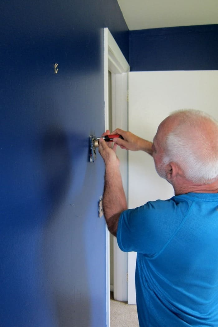 10 Steps To Prep A Room For Painting