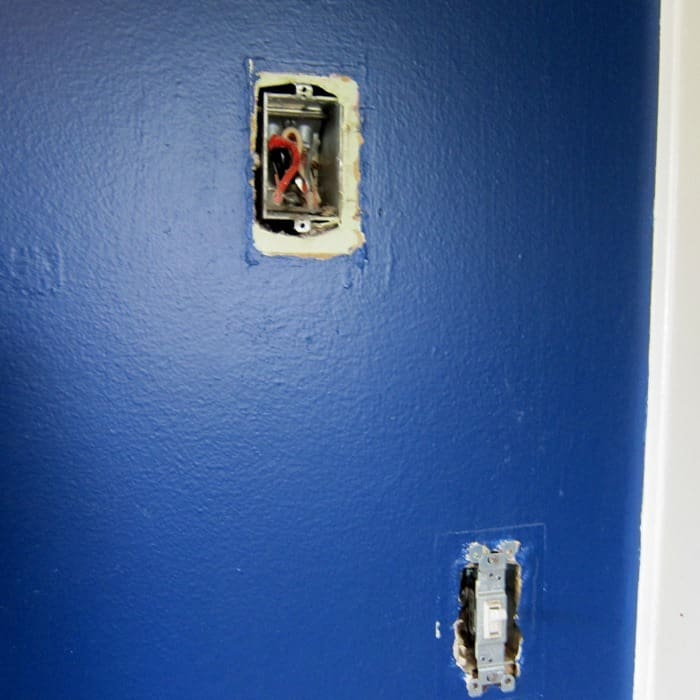 hole in wall to be patched before painting